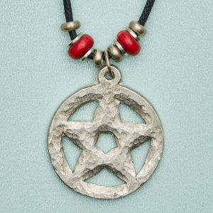 The Pentagram (5 pointed star) is an ancient powerful symbol. Standing with feet firmly on the ground. Arms outstretched. Head receiving inspiration from above. Protects & inspires our Inner Wisdom. Our potential to Flower.