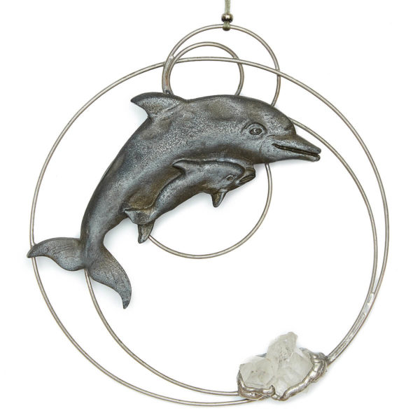 Dolphins Connecting to Crystals Dolphin mom & child circling the clear Quartz cluster, resonating magnificent clear energy. Excellent for group work & a great piece to hang in your home/healing room. The Dolphins bring in a playful fun element.