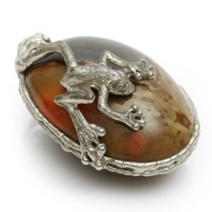Frog on Fancy Jasper Frog guides transformation & the Jasper supports with Supreme Nurturing. Hold in your hand when meditating. Place anywhere in your home were it will bring joy.